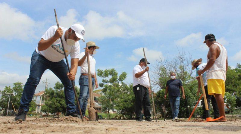 IMJU rehabilita y reforesta parque «La Petaquita» en Villa Unión