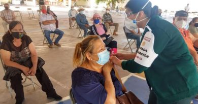 Con el apoyo de brigadistas e infraestructura, participa la UAS en proceso de vacunación de adultos mayores